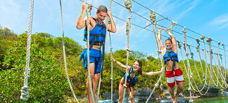 Live your Spring Break adventure in the Riviera Maya